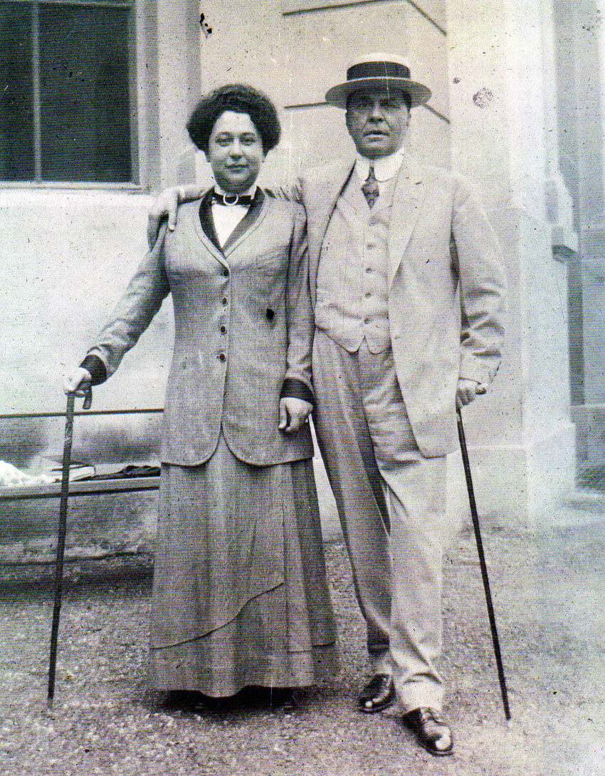 Morris and Laurette Schinasi